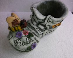 A5-Ceramic Boot Planter- Bumblebee